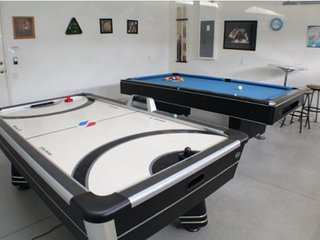 8054KPC. Luxury Windsor Palms Resort 6 Bedroom 3.5 Bathroom Pool Home