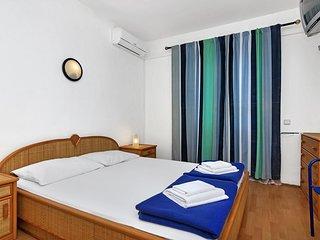 Room Pokrivenik, Hvar (S-2069-c)