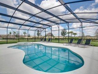 6164BOD. Amazing 13 Bedroom 11 Bath Solterra Resort Pool Home