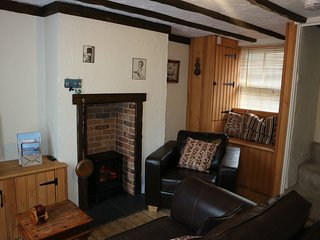 Cosy Fisherman's Cottage by the sea. Great location!
