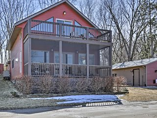 NEW! Waterfront Lake Koshkonong Home w/ Pier!