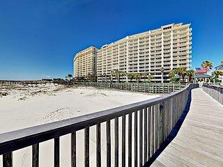 Ground-Floor 2BR Condo at the Beach Club - Multiple Pools, Resort Amenities