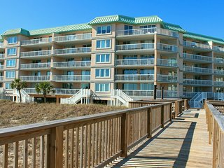 Warwick 101 Oceanfront Totally Renovated Condo