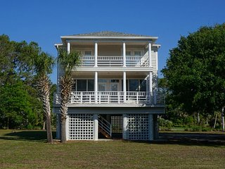 Custom Built Beach House in North Litchfield Beach!