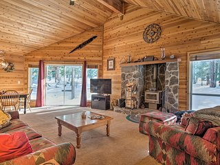 NEW! Tahoe Donner Cabin - Hike, Bike, Golf, Fish!