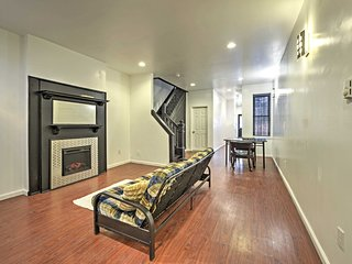 NEW! Cozy Camden House - Mins to Downtown Philly!