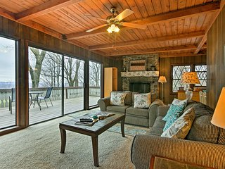 'Cedar Mountain Chalet' w/ Deck & Mountain Views!