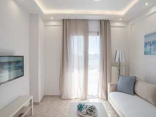 Bouganvillia Homes - Summer White Home