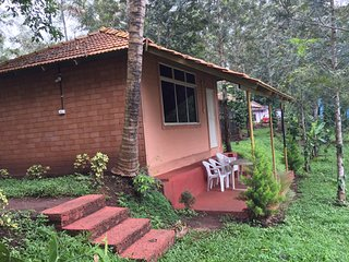 Coorg Backwater Resort Cottages - Dormitory room sleeps of 10