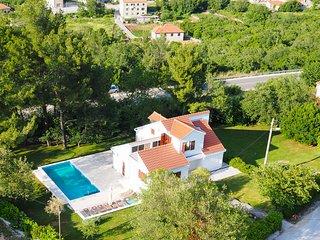 Villa Mirno