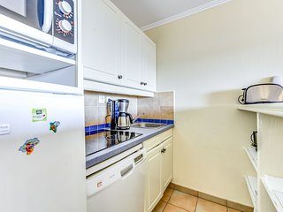 2 bedroom Apartment in Grimaud, Provence-Alpes-Cote d'Azur, France : ref 5605684