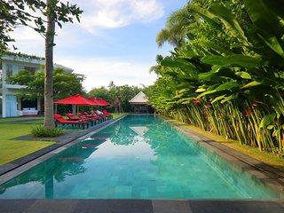 -15% until 30/12, Villa Abaayan, 5br, 30m pool, 500m from beach