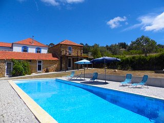 Schist Stone villa near Coimbra with large swimmingpool
