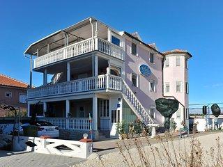 Apartments Gloria Zaton A4 (2+2)