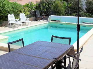Maison De Fleur - Marseillan holiday villa with private pool, sleeps 8