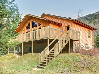Squirrel Chalet - 4 bedroom - less than 10min to Tremblant ski hill