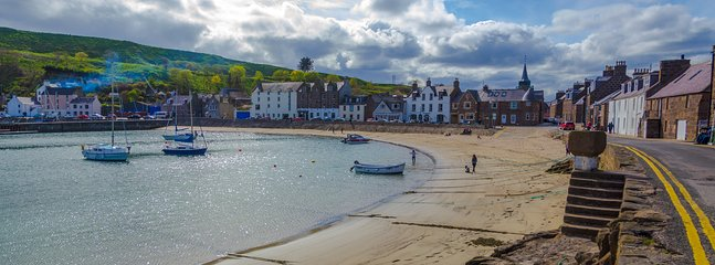 The old harbour of Stonehaven a step from the flat