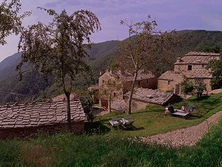 Cortona Village Heights - Tranquil Stop on Your Travels through Italy