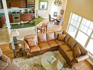 Geneva National - Beautiful Home on Lee Trevino Golf Course w/Patio & Grill