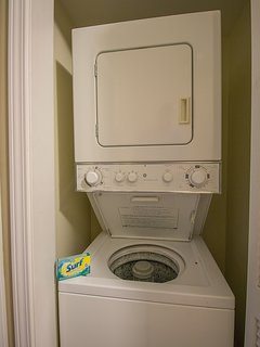 Oak Shores  95-Stacked washer and dryer