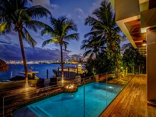 Your own Paradise in Miami beach on the water!