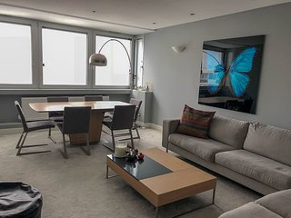 The Excitement of the Marble Arch area converge at this perfect flat!