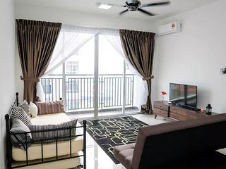 Breezy Condo Near Legoland - Lemon Homestay