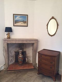 Fireplace in bedroom 4