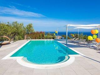 Villa Il Poggiolo Diano Marina - The Whole Villa - Villa Il Poggiolo Diano Marin