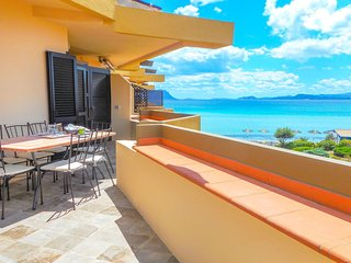Golfo Aranci Ortensia Apartments - Ortensia Yellow