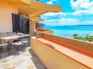 Golfo Aranci Ortensia Apartments - Ortensia Yellow