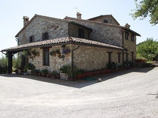 5 bedroom Villa in Doglio, Umbria, Italy : ref 5586271