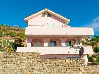 Villa Bianca Costarainera