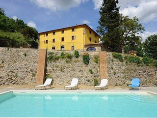3 bedroom Apartment in Monte Santa Maria Tiberina, Umbria, Italy : ref 5586285