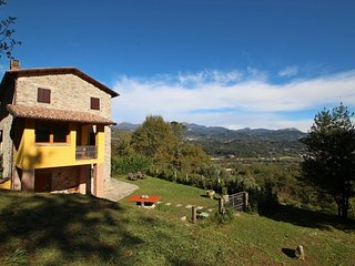 2 bedroom Villa in Gallicano, Tuscany, Italy : ref 5586289