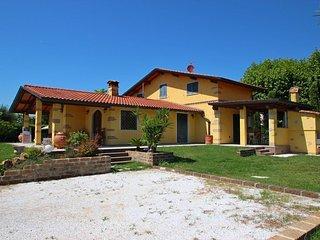 5 bedroom Villa in Saponiera, Tuscany, Italy : ref 5586315