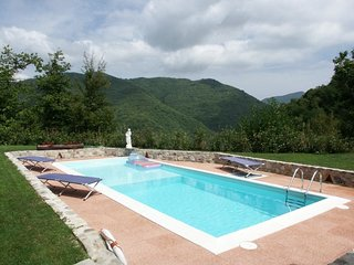 2 bedroom Villa in Aiola-Il Colletto, Tuscany, Italy : ref 5586335