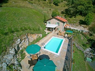 2 bedroom Villa in Pian d'Orsina, Tuscany, Italy : ref 5586327
