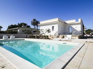 2 bedroom Villa in Lido Signorino, Sicily, Italy : ref 5586345