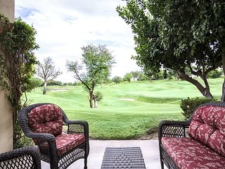 2BR Golf Course Condo in La Quinta – Sleeps 6