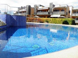 Estupendo apartamento par 6 personas con dos piscinas comunitárias