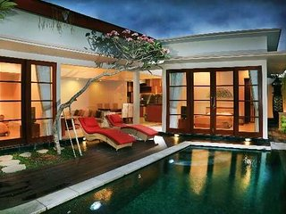 Luxury 2 Bedrooms Private Pool Villa Near Nusa Dua Beach