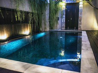 Luxury 2 Bedrooms Private Pool Villa Near Nusa Dua Beach