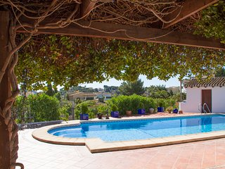 Casa Diane 3 Bedroom Villa in quiet cul de sac with own private pool and patios