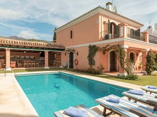 5 bedroom Villa in Marbella, Andalusia, Spain : ref 5605885