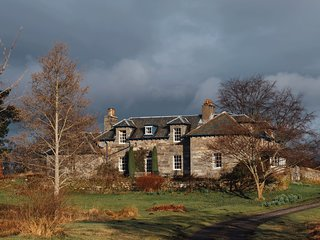 Foss Country House overlooking Loch Tummel and in The Queens View