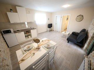 Ancient Dalmatian Apartments - Apartment 'Rustico'