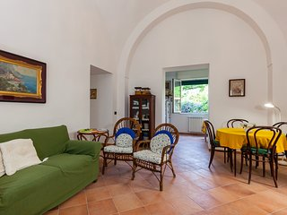 Family Apartment in Meta (b.ween Pompei&Sorrento)