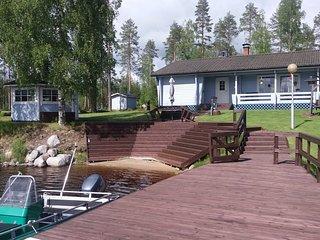 Ferienhaus mit Grillhutte, Sauna, Boot, ganzjahrig