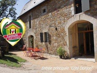 Domaine de Broual: Côté Donjon